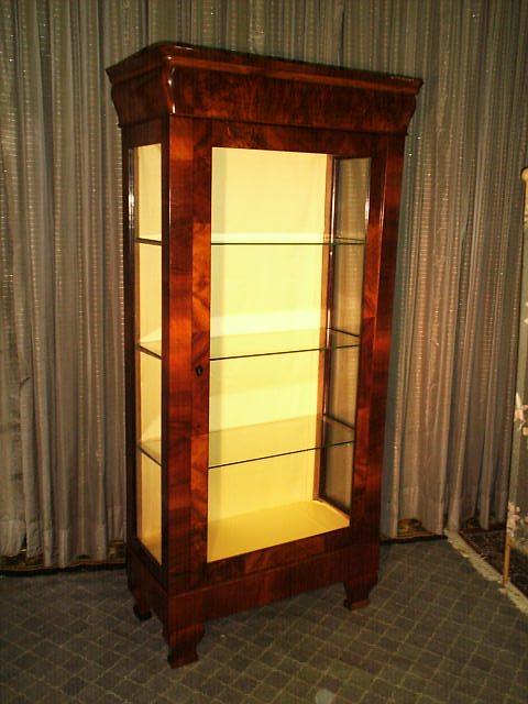 vitrine archiv antike m bel antiquit ten restauration bracciali m nchen. Black Bedroom Furniture Sets. Home Design Ideas
