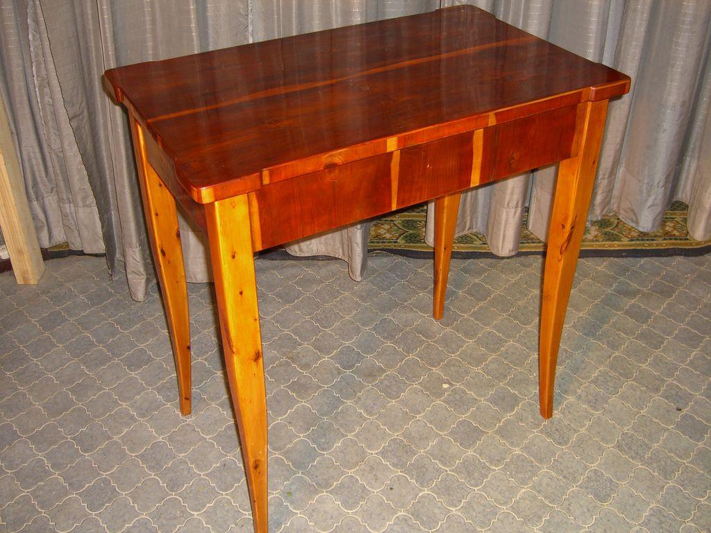 eibenholz tisch antike m bel antiquit ten restauration bracciali m nchen. Black Bedroom Furniture Sets. Home Design Ideas