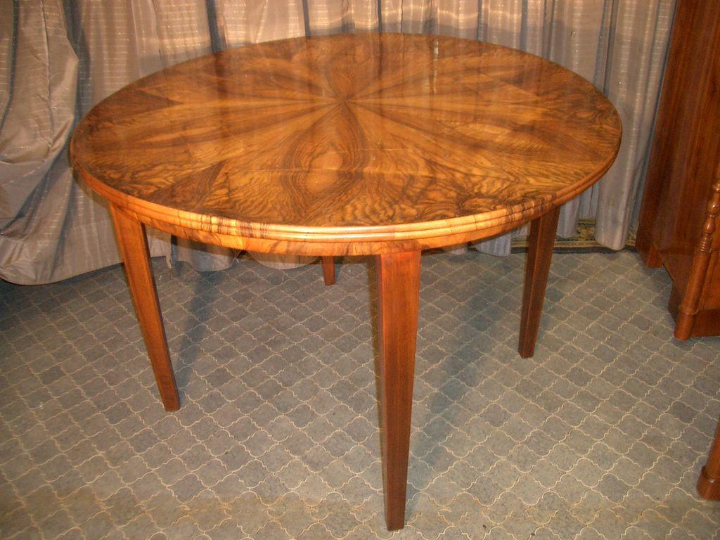 nussbaum esstisch antike m bel antiquit ten restauration bracciali m nchen. Black Bedroom Furniture Sets. Home Design Ideas