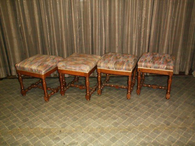 4 eichenhocker antike m bel antiquit ten restauration bracciali m nchen. Black Bedroom Furniture Sets. Home Design Ideas
