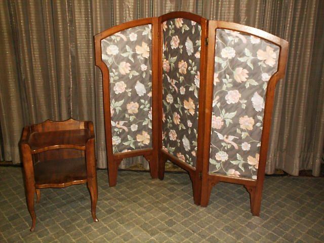 paravent aus nussbaumholz antike m bel antiquit ten restauration bracciali m nchen. Black Bedroom Furniture Sets. Home Design Ideas